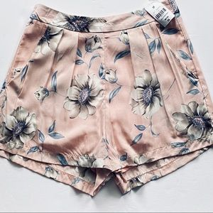 LF Brand Here Comes the Sun Floral Shorts Pink XS